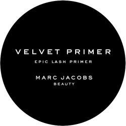 Marc Jacobs Beauty Velvet Noir Primer Badge