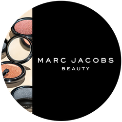 Marc Jacobs Beauty  O!mega Shadow Badge