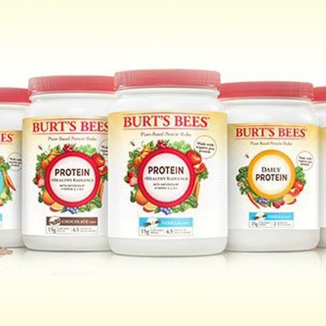 How to Use Your Burt's Bees Protein Powders, According to Influensters