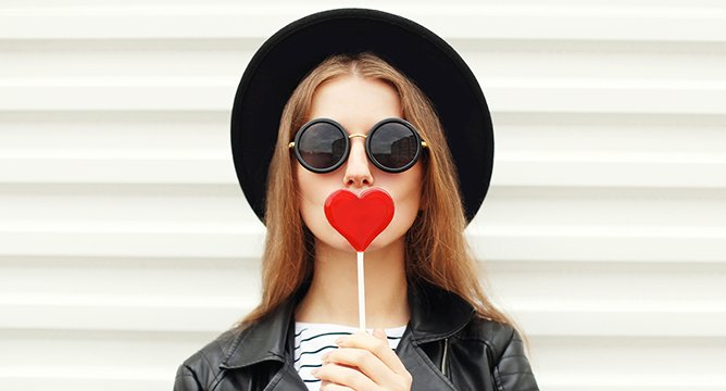 5 Things You Need for a Glorious Galentine's Day