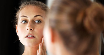 Solutions: How to Apply Makeup When Your Skin is Dry