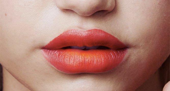 Trend Alert: Bitten Lips