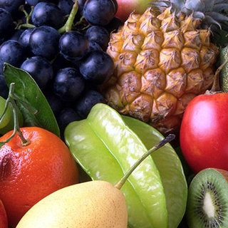 5 Healthy Fruits to Snack On