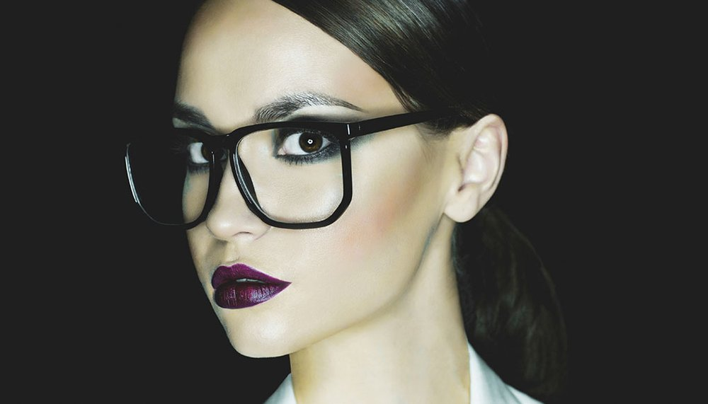 The Best Makeup Tricks for Girls with Glasses