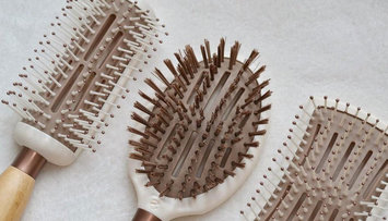 The Ultimate Guide to Hair Brushes