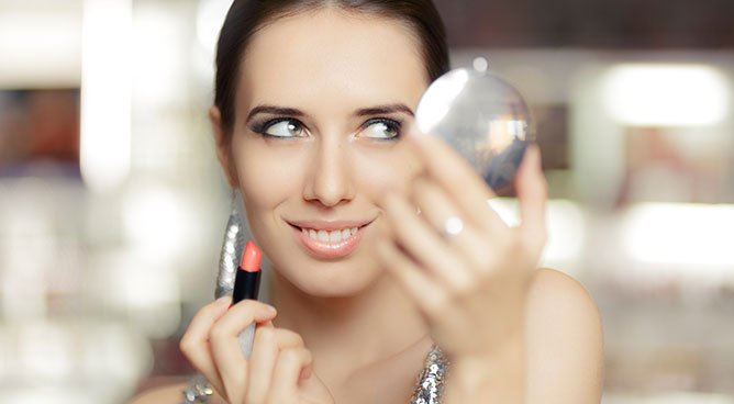 3 NYE Makeup Looks Anyone Can Achieve