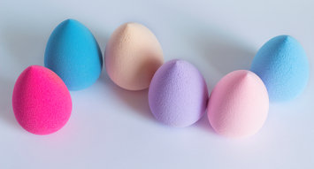 5 Top-Rated Makeup Sponges: 158K Reviews