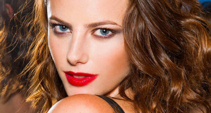 Here's How to Customize Your Own YSL Lippie