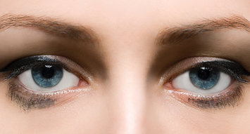 5 Eyeliner Pencils That Won't Smudge