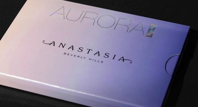 Yup, There's a New Anastasia Glow Kit