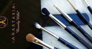 Anastasia Beverly Hills Makeup Brushes Are Here!