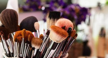How To Deep Clean Your Makeup Brushes