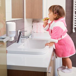 8 Toothpastes Your Kids Will Actually Use: 122K Reviews