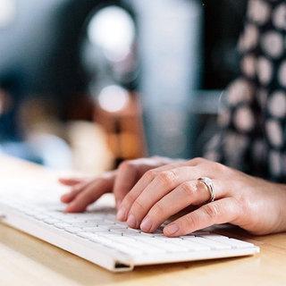 Influenster Talks: 5 Easy Ways to Help a Blogger