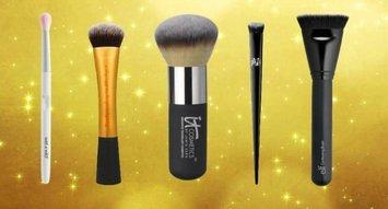 The 5 Makeup Brushes Every Makeup Newbie Needs