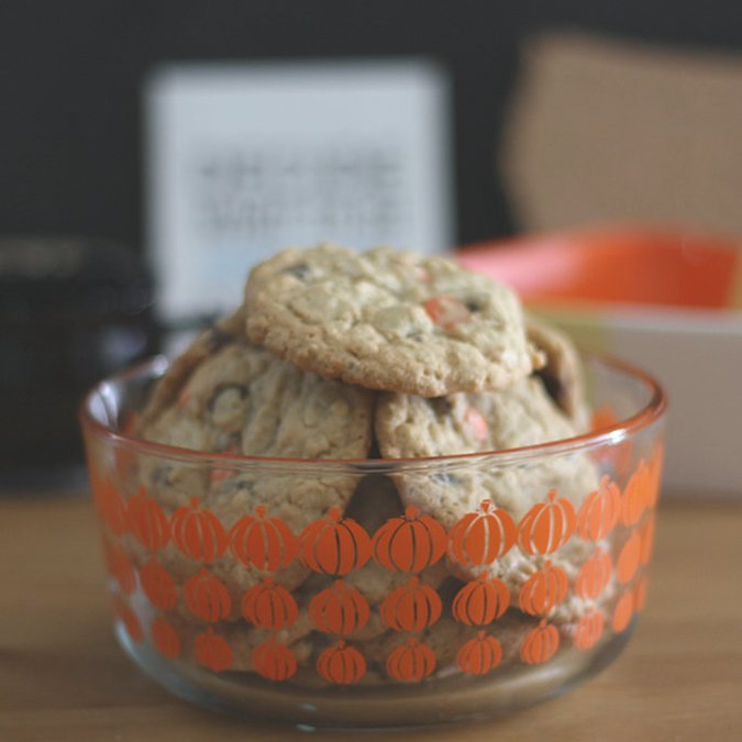 Treat Yourself: Oatmeal Chocolate Chip Cookies