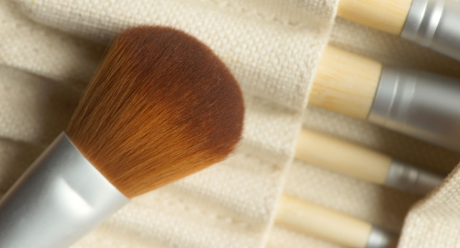 The Best Eco-Friendly Makeup Tools