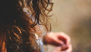 Beauty 101: Curly Hair Guide to Hair Oils