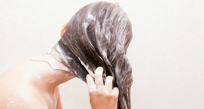6 Anti-Dandruff Shampoos to Fight an Itchy Scalp