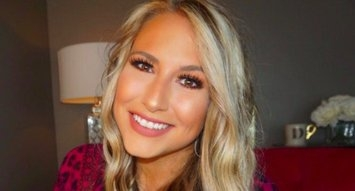 InfluenSTAR: Danielle Waller