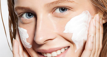 These Are the Products Influenster Editors Swear By to Beat Flaky Skin