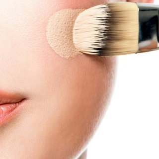 How to Find the Right Foundation For Your Skin Tone
