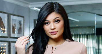 7 Lip Plumpers for Getting Lips Like Kylie: 115K Reviews