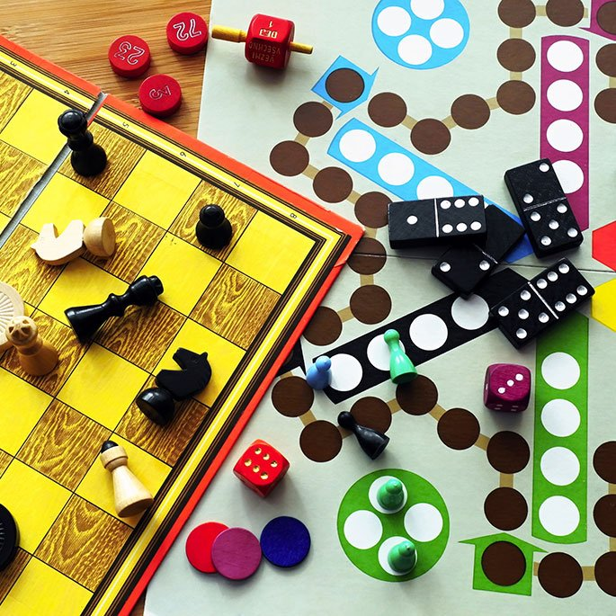 Gift Guide: Winning Family Games