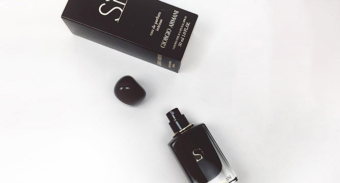 Luxurious Ways to Get Ready for a Big Night Out with GIORGIO ARMANI'S SI EAU DE PARFUM INTENSE