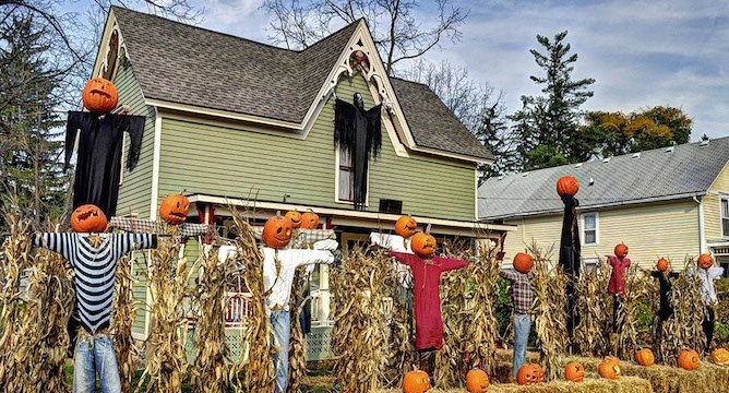 Frightfully Festive Halloween House Décor