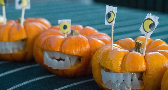 Scarily Simple DIY's for Your Halloween Party