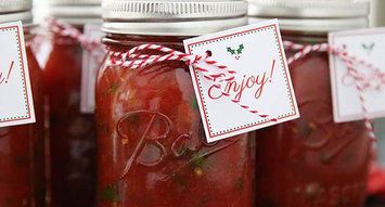 7 Thoughtful Homemade Gifts