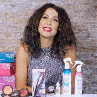 Elizabeth's Monthly Faves: Beach Waves, Glitter Lipstick, Eyelash Tinting