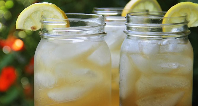 I Need A Cocktail: Spiked Arnold Palmer