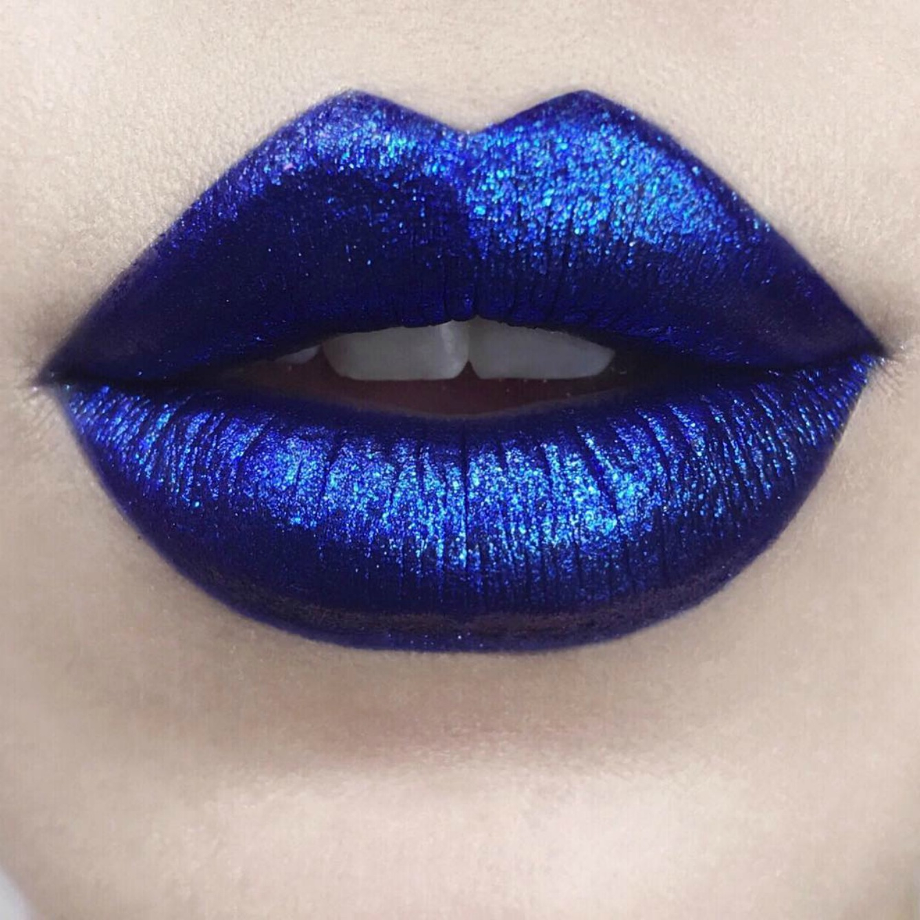 You Can Pre-Order Kat Von D's New Glimmer Lipstick