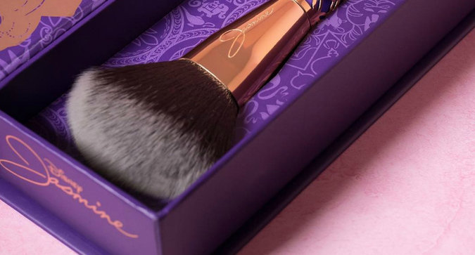 You'll Feel Like a Princess With These Makeup Brushes