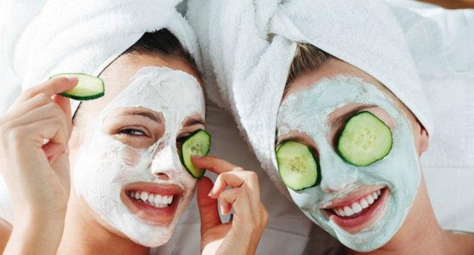 Best Moisturizing Masks for Parched Summer Skin