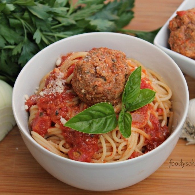What's For Dinner: Classic Italian Meatballs