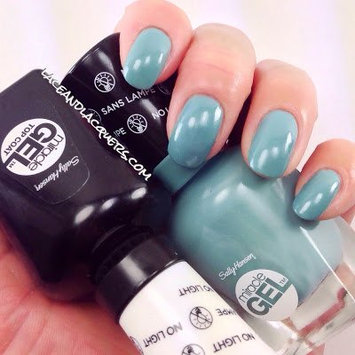 Beauty Review: Sally Hansen Miracle Gel