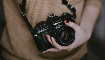 4 Thoughtful Gifts for Your Photo Lover
