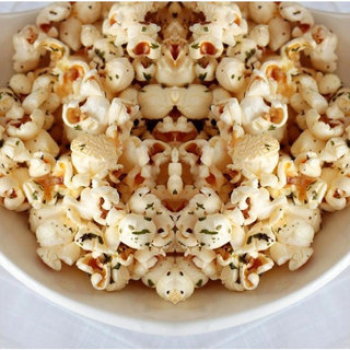 Low Cal Popcorns to Snack on This Thanksgiving