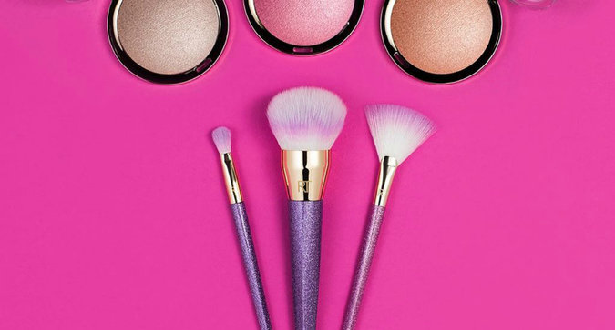 Alert: Real Techniques Dropped Glitter Makeup Brushes
