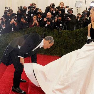 Jaw-Dropping Oscar de la Renta Red Carpet Moments