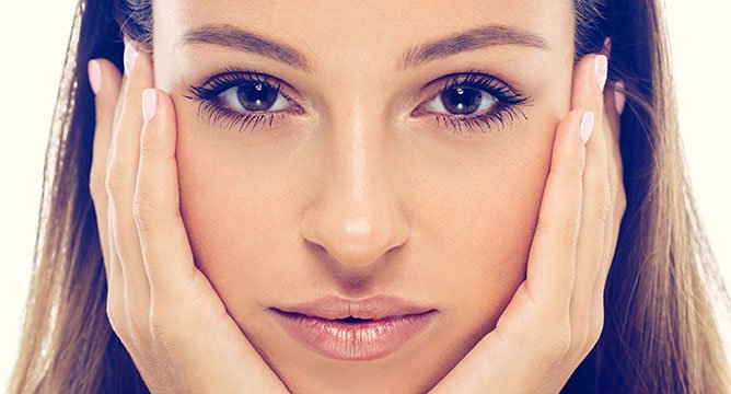 Beauty Mythbusters: Can You Shrink Your Pores?
