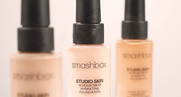 This is the Hydrating Foundation Pros at Smashbox Swear By