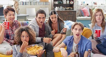 How Influensters are Watching the Super Bowl