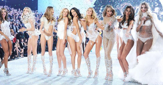 Top 10 Victoria's Secret Fashion Show looks