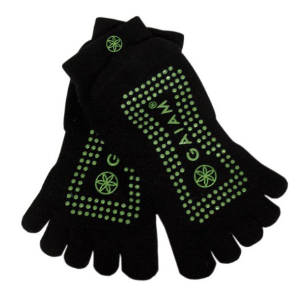 Slide: Gaiam Yoga Grippy Yoga Socks