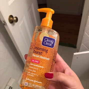 Photo of Clean & Clear® Morning Burst® Facial Cleanser uploaded by Eduarda C.