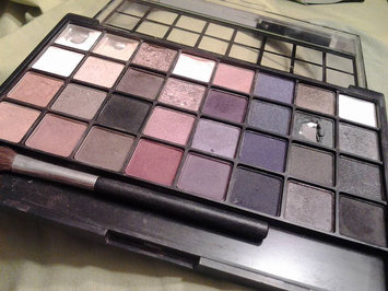 Photo of e.l.f. Studio Endless Eyes Pro Mini Eyeshadow Palette - Natural uploaded by Haze A.